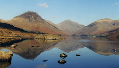 Wastwater Reflection (J_Piks) Tags: lakedistrict yewbarrow great gable lingmell lake water