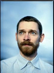 (Paul Aeneas) Tags: portrait 120 mamiya film analog 645 kodak 400 6x45 portra canoscan mittelformat 9000f