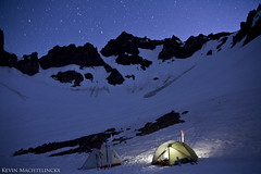 Sleep in the bowl. (Kevin Machtelinckx) Tags: sky mountain night oregon canon climb outdoor adventure 7d mountaineer