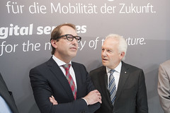 Alexander Dobrindt and Rüdiger Grube in discussion