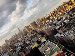 "New York City <a style=""margin-left:10px; font-size:0.8em;"" href=""http://www.flickr.com/photos/64637277@N07/14536493060/"" target=""_blank"">@flickr</a>"