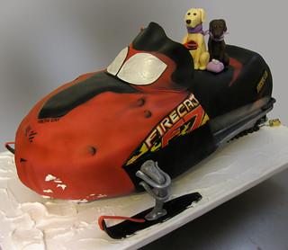 Snowmobile Cake med