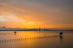 Estuaire (Philippe POUVREAU) Tags: bridge sunset river estuary pont loire fleuve 2014 estuaire loireatlantique pêcherie fishermanhut pontsaintnazaire
