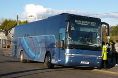 McLEANS, CHAPELHALL 5351HP SP12BVY (bobbyblack51) Tags: mcleans chapelhall 5351hp sp12bvy vanhool t915 alicron aberfeldy motor services 47 rail replacement kilwinning station 2017