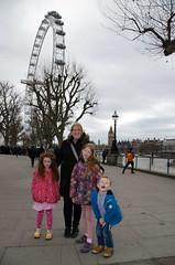 RJB_5458 (Snoop Baggie Bag) Tags: 2017 amélie bigben ezra housesofparliament london londoneye mommy éowyn