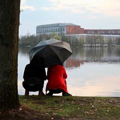 Ausblick (sebastian-dietrich) Tags: people nature see regenschirm regen rain raindrops frühling spring