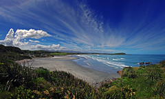 west coast tauranga bay 1a explored (Bilderschreiber) Tags: tauranga bay taurangabay west coast westcoast westküste bucht meer sea clouds wolken beach strand weitwinkel wideangle wide angle neuseeland newzealand südinsel southisland
