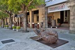 Poble Espanyol... (svet.llum) Tags: barcelona catalunya cataluña ciudad escultura pobleespanyol montjuic montjuïc museo museu arquitectura