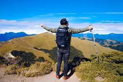 格局有多大  眼界就有多大。 心有多大  世界就有多大 #爬山 #登山 #百岳 #美景 #合歡山 #藍天白雲 #mountain #trip #travel #lifeisgood #taiwan #taiwanno1 #hiking #climb #claiming #attitude #pattern #擁抱大自然 #台灣之美