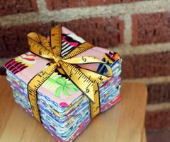 28 (CONCEIO TORRES - maria teimosa feminina) Tags: artesanato artesanal jens gato fuxico feltro japonesa loja anjos chaveiro fitas apliques feitoamo lojavirtual djeans ajustvel flordefeltro gatoemfeltro apliquespatchwork chaveirofeitomo