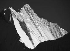 Yerupaja (6620m) from Paso Jurau. Cordillera Huayhuash.