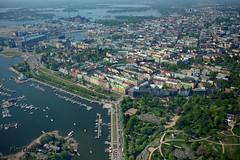 Helsinki from the air (Kim Drotz) Tags: from city sea water suomi finland town helsinki air helsingfors kaivopuisto brunnsparken