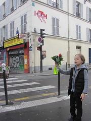 Space Invader PA_1098 : Paris 11eme (tofz4u) Tags: street boy people streetart paris flower fleur shop tile mosaic spaceinvader spaceinvaders boutique shutter vendor invader rue muguet mosaque artderue 75011 1ermai fournil gzup pa1098