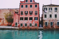 colorful corner of a chaotic city (lucretia.) Tags: city blue venice windows red italy corner nikon