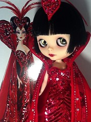 Blythe-a-Day May 2014 #26: Alice in Wonderland Part1: LaVern in Bob Mackie Outfit
