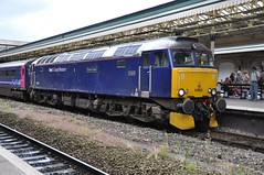 "First Great Western Class 57/6, 57605 ""Totnes Castle"" (37190 ""Dalzell"") Tags: blue exeter firstgreatwestern stdavids bodysnatcher class47 fgw class57 totnescastle summersaturday 57605 nightriviera class470 47206 class576 brushtype daycoaches 4gmgeneralmotors"