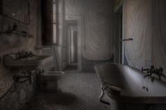 Bring me the bath salts (Pato_83) Tags: photoshop dark nikon ba