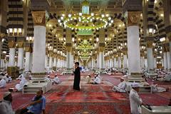 2014-05-17 21.21.13pp1024 (JW Hisham Marmin) Tags: medina saudiarabia umrah ksa madinah alharam masjidnabawi hishammarmincom hishammarmin