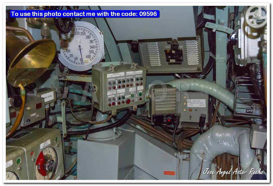 The world 39 s newest photos of interior and warship flickr for Small room 9 paging ground control