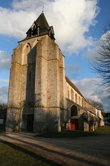 """Eglise de Dixmont • <a style=""""font-size:0.8em;"""" href=""""http://www.flickr.com/photos/125520774@N03/14719831183/"""" target=""""_blank"""">View on Flickr</a>"""
