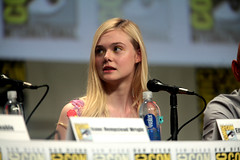 Elle Fanning (Gage Skidmore) Tags: california san comic ben isaac elle diego center hempstead convention travis anthony knight wright kingsley graham con annable 2014 fanning stacchi boxtrolls