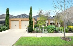 17 St Andrews Place, Lake Gardens VIC