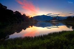 Reflection at Darul Quran (Syafiqjay) Tags: syafiqjay momsque lake reflection sunrise hill kuala kubu bukit kutu darul quran mosque gradual filter lee nikon water bushes grass tree cloud sky building architecture