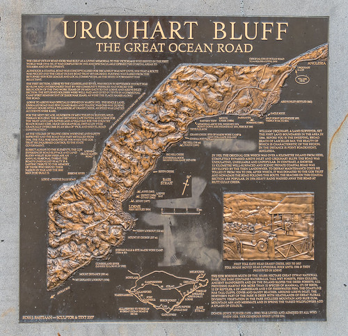 Urquhart Bluff Lookout Plaque