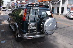 Ford Everest (D70) Tags: ford everest suv known endeavour indian market midsized semifull sized sport utility vehicle produced since 2003 three generations fivedoor variant ranger fourdoor truck