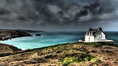 Pointe du millier - Millier lighthouse (Phoebus58) Tags: beach ocean sea bleu blue bretagne brittany breizh bzh finistere capsizun pointedumillier phare lighthouse