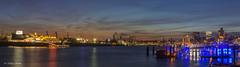 Hamburg_Panorama - 24031701 (Klaus Kehrls) Tags: hamburg hamburgerhafen panorama nachtaufnahme skyline abendhimmel elbe wasser flüsse meineperle