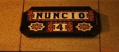 Azulejo calle del Nuncio. Madrid (Carlos Viñas-Valle) Tags: azulejo calledelnuncio