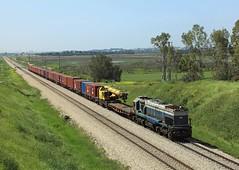 610, Bet Yehoshu'a, 29 March 2017 (Mr Joseph Bloggs) Tags: train bahn railway railroad israel gm emd 610 freight cargo merci g26w general motors electro motive division emdg26w