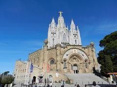 Temple del Sagrat Cor de Jesús / Храм Святого Сердца (moscouvite) Tags: heleneantonuk espagne barcelone catalogne nikoncoolpixs9100 voyage eglise