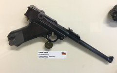 Lithgow Small Arms Factory Museum (Stuart Curry) Tags: ww1 german pistol luger artillery 9mm