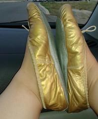 Gigi (2542) (Duke of Slippers) Tags: ballet slippers shoes flats pumps mules slides ballerinas fetish