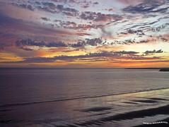 Amanece en Puerto Madryn (pniselba) Tags: puertomadryn madryn ocean oceano mar ciudad peninsulavaldes peninsula sunrise