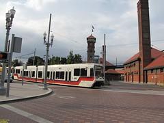 1996-1998 Siemens SD600 #218 #241 (busdude) Tags: light max siemens rail area express trimet metropolitan 218 241 19961998 sd600