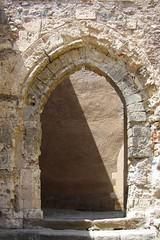 Milazzo, Castello (farsergio) Tags: door travel italy castle europa europe italia porta sicily castello viaggio vacanza sicilia messina milazzo portale farsergio
