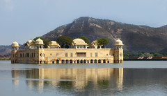 Jaipur, Rajasthan, India (posterboy2007) Tags: india lake water jaipur rajasthan jalmahal waterpalace