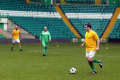 aIMG_5713_edited-1 (paddimir) Tags: park charity scotland glasgow shield celtic