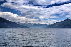 lake como (cc) (marfis75) Tags: cloudy day wolkig tag bellagio see sea comersee larius oberitalien italien lagodicoma lario chumersee berg berge wasser water wolken mountains cc creativecommons wallpaper lakecomo como marfis75