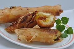 turon (sweet banana spring roll) explore (DOLCEVITALUX) Tags: saba sweet treats banana delicacy philippine sweetbanana bananaspringroll