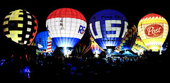 Cliché Saturday – Balloon Glow edition (Wes Iversen) Tags: people balloons michigan handheld hotairballoons crowds balloonglow frankenmuth hcs balloonsoverbavaria nikkor18300mm clichésaturday