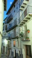 Morella at night (Marlis1) Tags: street balconies nightshots castellon allee balkone morella gassen nachtaufnahmen marlis1 canong15