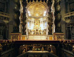 Bernini, Baldacchino, view of altar