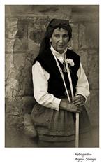 Retrato retrospectivo (Argayu) Tags: blackandwhite blancoynegro blackwhite nikon asturias bn oviedo asturies uvieu nikond90 blancuynegru blancuyprietu