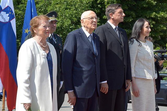 Il Presidente Giorgio Napolitano il Presidente della Slovenia, Borut Pahor e le consorti in Piazza Europa a Nova Gorica, in occasione della visita nella Repubblica di Slovenia