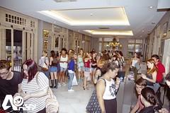 """Os mostramos en imágenes el éxito del #MercadilloAngyBarcelona """"Con los fans"""""""