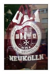UNI NEUKÖLLN (piktorio) Tags: berlin germany window shop tshirt neukölln typo street callinago lokalkolorit telegraphics iphone